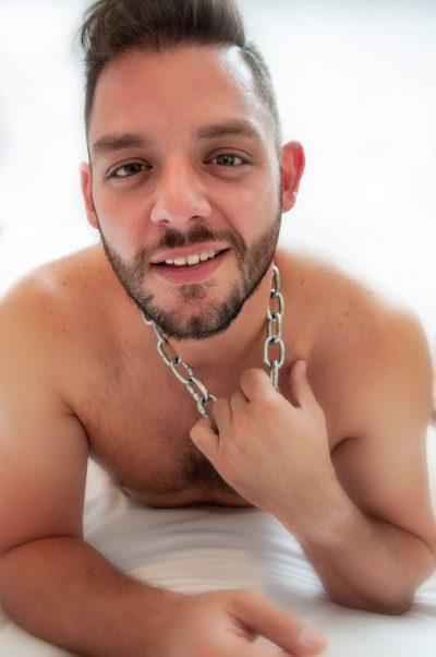 Sexy male boudoir photo